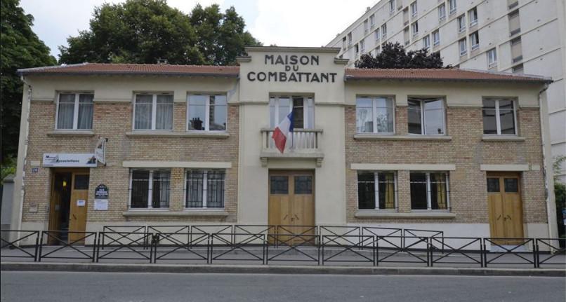 Maison des associations xix maison de la place des - La maison de la place saignon ...